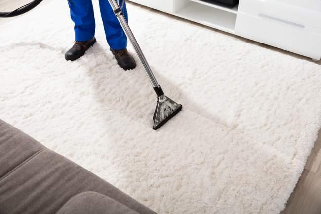 vacuum the wool rug