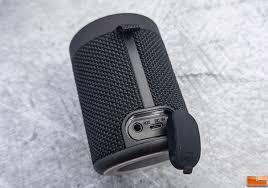 Ilive Waterproof Speaker