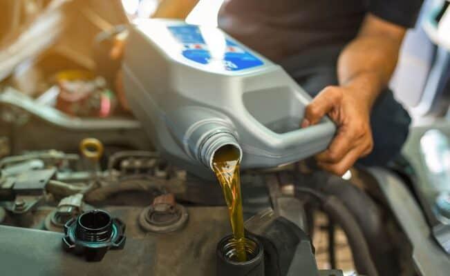 premium grade 0w 20 detergent oil